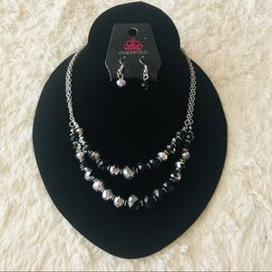 NWT Paparazzi Black & Silver Necklace & Earrings
